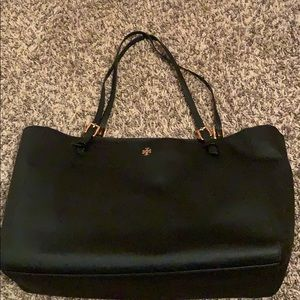 Tory Burch black tote-Emerson collection